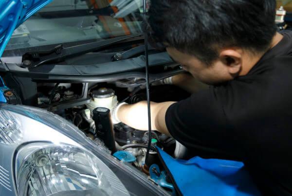 car repair - top banner