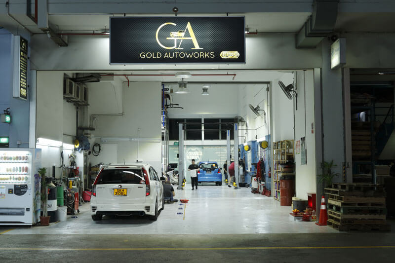 What is considered a complete Car Servicing package?